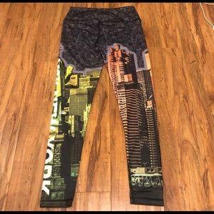 Victoria Secret Sports New York Leggings Medium